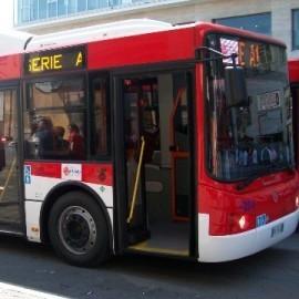 Gli autobus dell'Eav non raggiungono più il porto di Marina Piccola