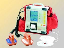 Arrivano i defibrillatori per gli impianti sportivi comunali