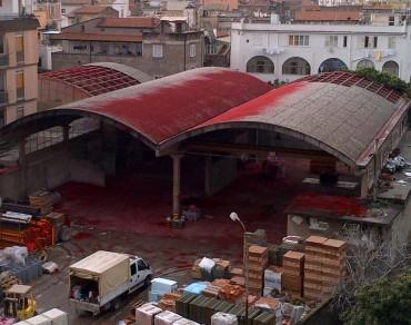 Iniziati i lavori di rimozione della copertura in eternit dei prefabbricati di via Casa Rosa