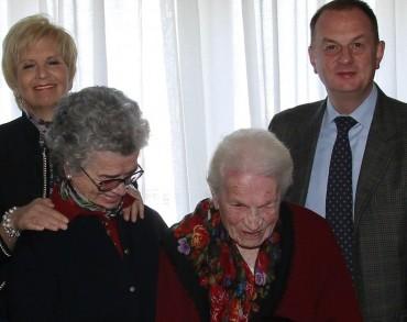 Il sindaco Cuomo alla festa per i 107 anni di nonna Maria Antonina