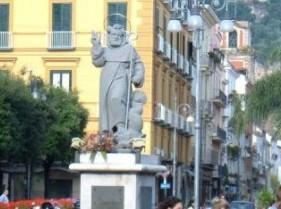 La città di Sorrento si stringe intorno al suo Patrono