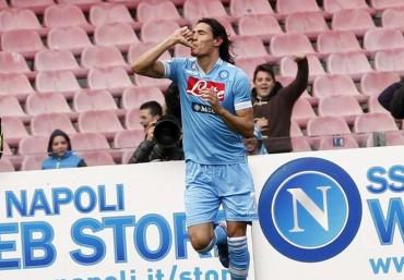 Il Napoli ritrova la vittoria con i gol di Cavani