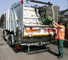 Vico Equense: Tassa dei rifiuti meno cara e premi per le scuole green