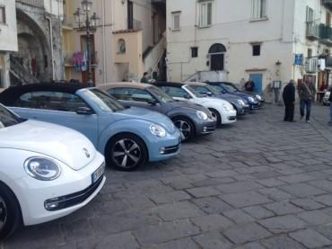 Fa tappa a Sorrento il tour di presentazione del nuovo Maggiolino cabrio