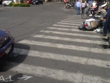 Incidente in piazza Tasso, solo paura per una bambina francese