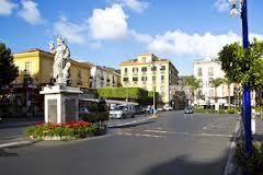 Un concerto per finanziare il restauro della statua di Sant'Antonino in piazza Tasso