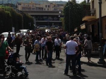 Migliaia di persone in penisola per la gita fuori porta di Pasquetta