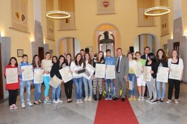 """""""Sorrento civica 2013"""": Ecco l'elenco dei ragazzi di Sorrento che hanno ottenuto il massimo dei voti"""