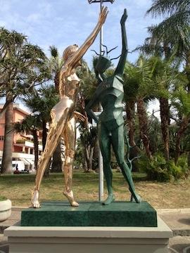 dal-statua