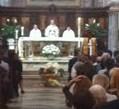 Centinaia di persone hanno partecipato alla cerimonia per l'addio a Giovanni Antonetti