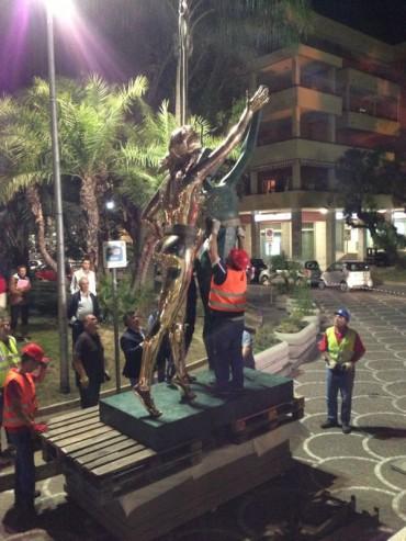 Il genio surrealista di Dalì sbarca a Sorrento