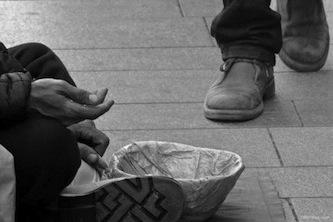 Piano di Sorrento insorge contro gli ambulanti e i rom