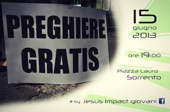 """""""Preghiere Gratis"""", i giovani si stringono intorno a Sorrento"""