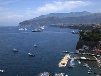 Sorrento amata in tutto il mondo, è la quinta città più visitata d'Italia