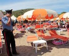 Rubano cellulari ai bagnanti a Meta: Arrestati 4 napoletani tra i quali un minorenne