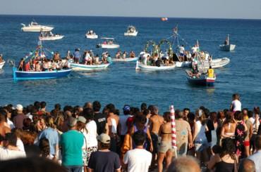 Festa in onore di Sant'Antonio, Marina d'Equa si prepara all'evento