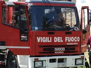 Domato l'incendio di via Arigliola, nessun ferito