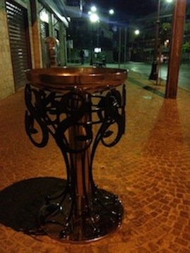 Per i 45 anni del supermercato Pollio, una nuova fontana donata alla città