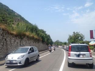 Statale 145: traffico e disagi, sale la tensione tra gli automobilisti