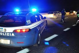 Decine di auto e scooter sequestrati dalla Polstrada tra la Penisola sorrentina e la Costiera amalfitana per la mancanza della copertura assicurativa