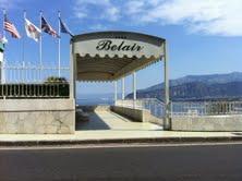 Tragico gioco tra turisti: In un albergo di Sorrento muore un giovane statunitense