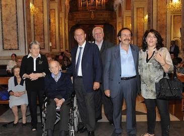 """La storia di Sorrento nei suoi scatti, """"Tonino 'O Santo"""" festeggia 100 anni"""