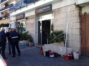 La banca Popolare di Bari di via Degli Aranci si rifà il look