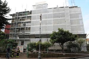 Gli sfollati della palazzina di via Degli Aranci ospitati all'Hotel Cavour
