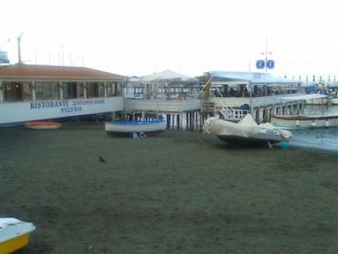 """Furto al ristorante """"Zì Ntonio a mare"""" di Marina Grande"""