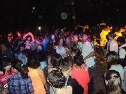 I liceali della penisola salutano il 2013 con il famoso ballo di fine anno