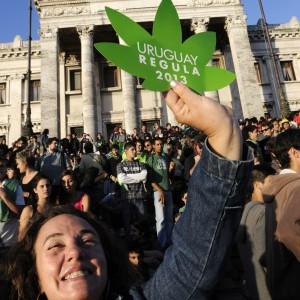 Uruguay contro il proibizionismo: marijuana venduta dallo stato