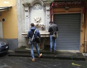 Iniziati stamane i rilievi tecnici per il restauro della fontana dello Schizzariello