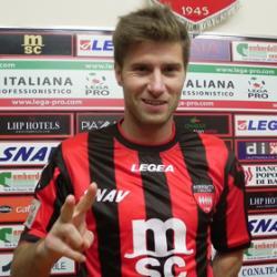 Musetti piega il Cosenza, seconda vittoria di fila per il Sorrento di Simonelli