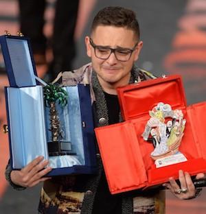 """È il rapper salernitano Rocco Hunt il vincitore nella categoria """"Nuove Proposte"""" della 64esima edizione del Festival di Sanremo"""