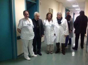L'arcivescovo Francesco Alfano in visita all'ospedale di Sorrento