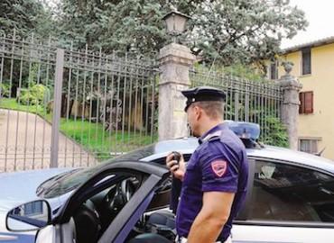 Aumentano i furti in appartamento in penisola, i cittadini chiedono più controlli