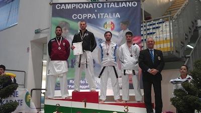 """Pioggia di medaglie per la """"Nami Karate Dojo"""" di Massa Lubrense"""