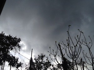 Arriva il previsto peggioramento del meteo sulla Campania, diramata l'allerta
