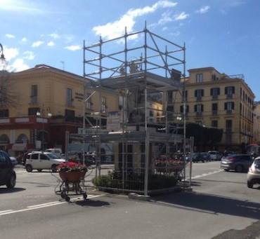 Tempi lunghi per il restauro della statua di Sant'Antonino, i lavori continueranno fino a Pasqua