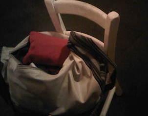 Ruba una borsa in una pizzeria, arrestata 22enne rumena