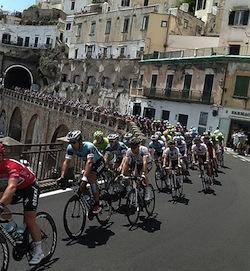 Giro-ciclismo-amalfi