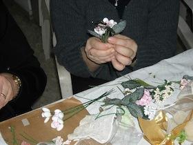 """Al chiostro di San Francesco una mostra sulle """"palme di confetti"""""""