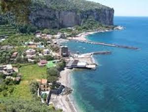 Un nuovo lido ed un albergo di lusso a Marina d'Aequa