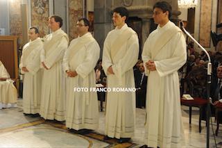 Grande festa per l'ordinazione dei 5 nuovi sacerdoti