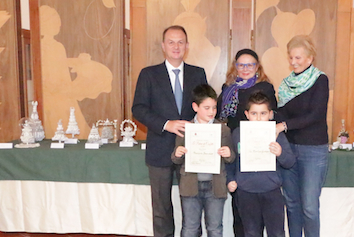premiazione_palme_confetti