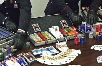 Bisca clandestina a Gragnano: denunciati anche giocatori della penisola