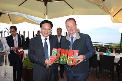 Sorrento punta verso Oriente: delegazione cinese in visita alla città