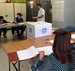 Ballottaggio Vico Equense: Alle 19 ulteriore calo dei votanti