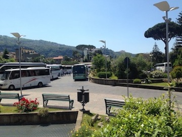 """Stop alla sosta a """"scrocco"""" al parcheggio Lauro"""