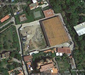 rifiuti-palazzetto-sport-vico-google-earth